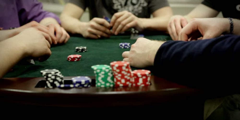 Some of the large list of benefits associated with online gambling